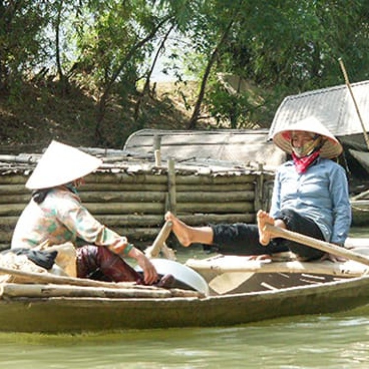 Chase | Vietnam - A 161 Rowing with feet